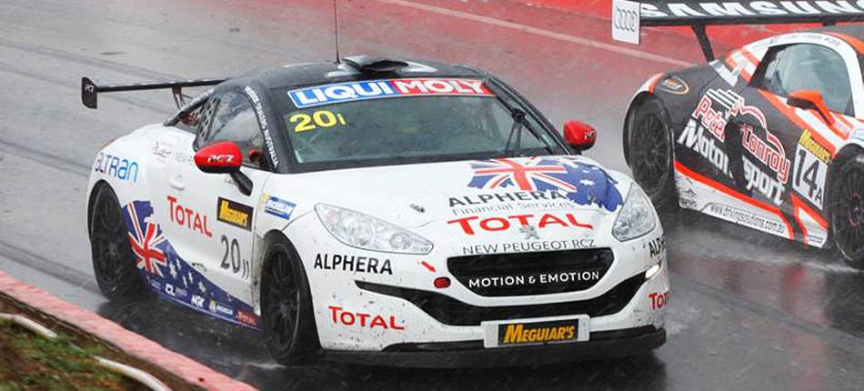 オーストラリアバサースト12時間耐久レース ワンツーフィニッシュ!Peugeot RCZ がオーストラリアで行われたバサースト12時間耐久レース に出場いたしました。